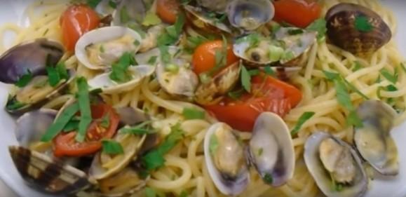 SpaghettiVONGOLEMARINOnapoli.jpg